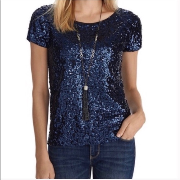 2e4fcbb8a32e2d WHBM navy blue sequin top shirt. M 5b570f4ce9ec8980a3b7d5ad